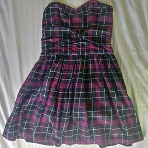 Small Heritage 1981 Pink plaid flannel dress